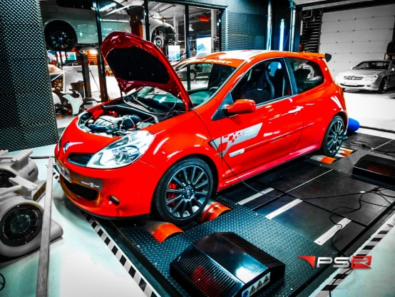 RENAULT CLIO 3 RS 197 HP