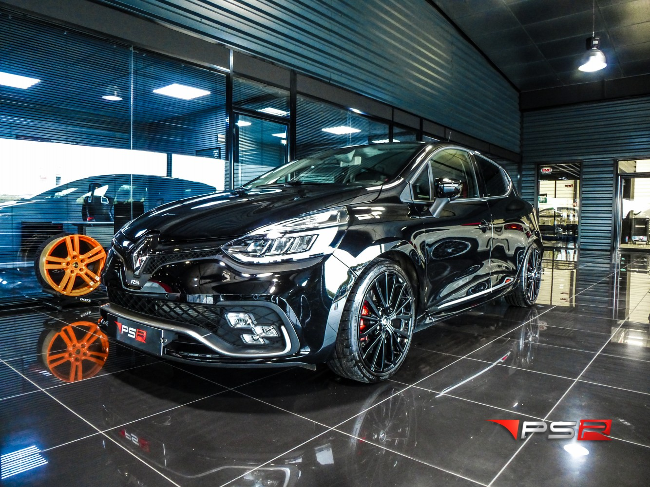 renault clio 4 rs iv  2  1 6 turbo 220 rs trophy edc